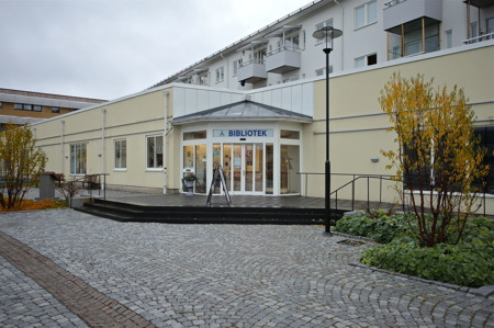 Årjängs bibliotek vid Claras torg.