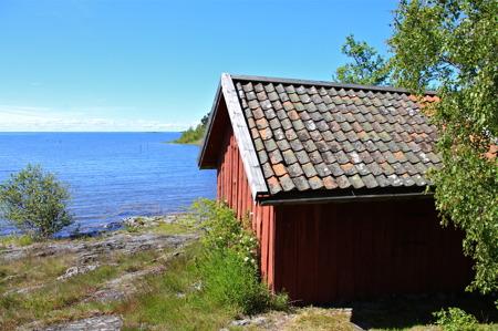Takpannorna på Smedjan är äkta Lurötegel.