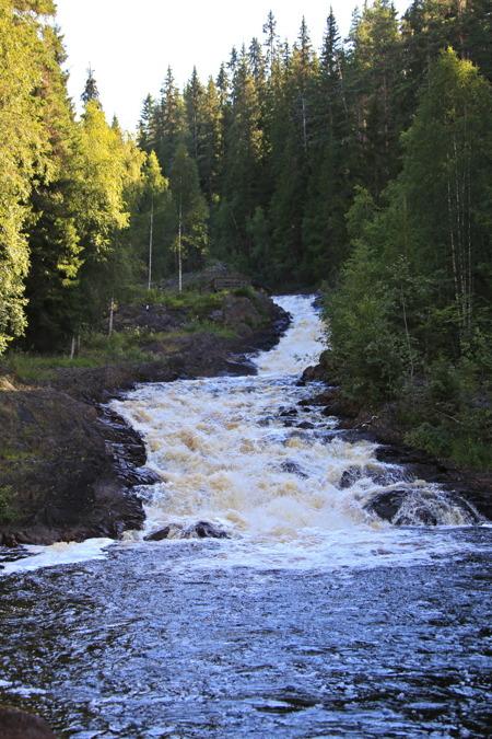 Fämtfallet mellan Likenäs och Ambjörby.