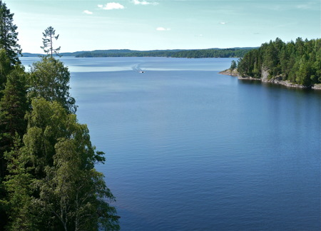 Sjön Foxen vid Västra Fågelvik.