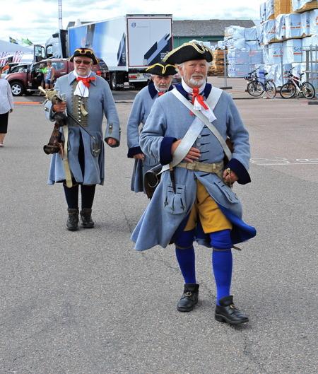 Det ordnades festligheter i hamnen när Ostindiefararen kom på besök.