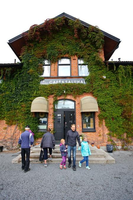 Station Grön Ko i Värmlands Bro. Här kan man köpa lokalproducerad mat från gårdar i närheten.