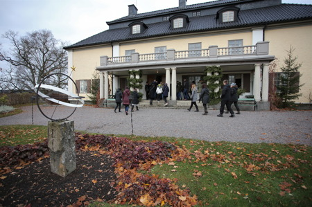 Varje dag kl 12, 14 och 16 ordnades guidad visning i Selma Lagerlöfs hem.