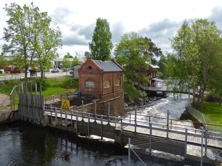Kraftstationen vid övre forsen i Töcksfors.