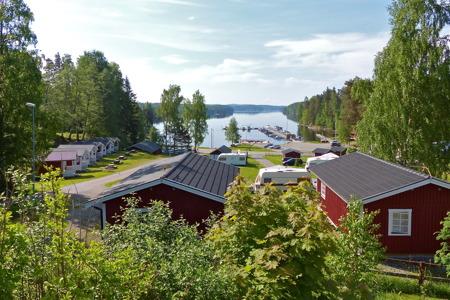 Sandvikens camping i Töcksfors, vid sjön Foxen.