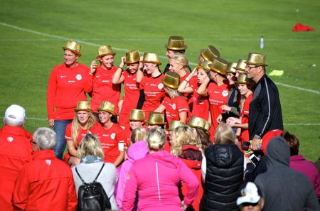 Töcksfors IF:s damlag seriesegrare i div 3 2014.