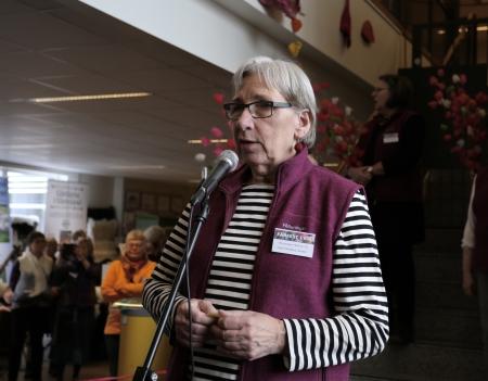 Kate Isenberg-Larsson, ordförande i Föreningen Fårfest i Kil, hälsade alla välkomna till Fårfesten 2018.
