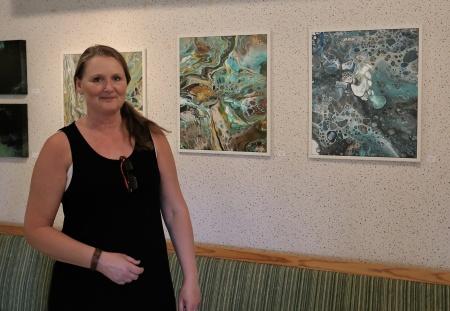 Kristin Oladatter Steen visade sina alster i konstutställningen. Läs mer om Kristin på www.kosphoto.wordpress.com