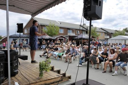 Töcksmarksveckan arrangeras i juli varje år på torget i Töcksfors.