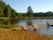 Bad och lek vid sjön