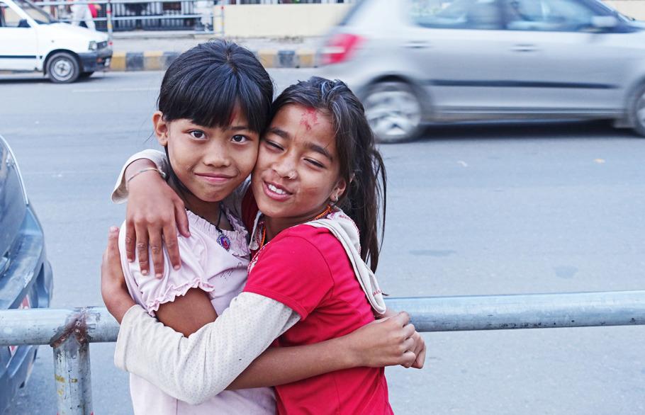 Barn i Kathmandu, Nepal