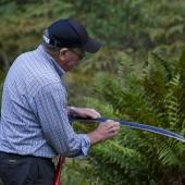 Jan-Olof Andersson kontrollerar skärpan!
