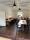 mellanrummet bord_stolar_liten bit av mattan