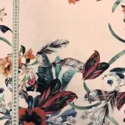 Blomgirlang vävt tyg