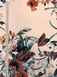 Blomgirlang vävt tyg -