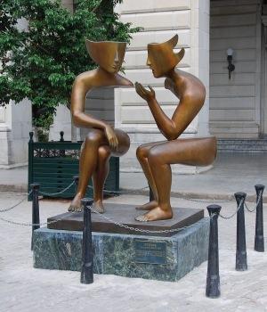 Staty två människor i samtal