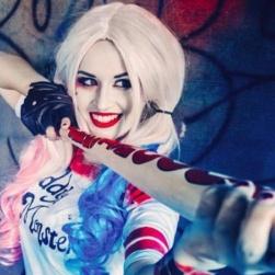Harley Quinn extra lång