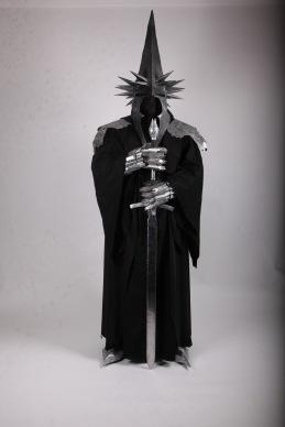 Bästa idé = Anton Avander som Häxkungen av Angmar från Sagan om Ringen
