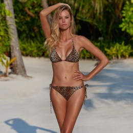 Melissa Odabash Montenegro Bikini