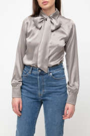 VESNA W SILK STRETCH MEGHAN BLOUSE TAUPE