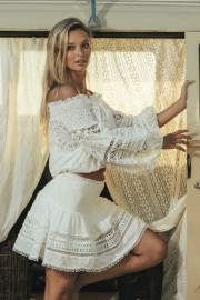MISS JUNE MONTAUK TOP BRODERIE ANGLAISE LACE WHITE
