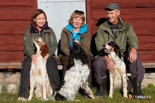 Nisse med sambo Monica & dotter Bitte samt hundar