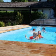 bada_pool_trädgård_pool och utemiljö
