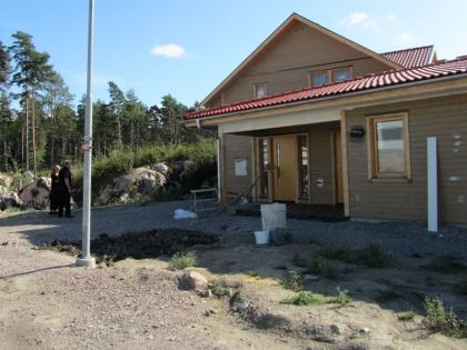 Utgångsläge med nyligen uppfört bostadshus
