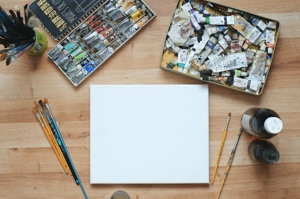 En blank canvas är ofta något av en vånda, även i trädgården. (Bild från Pixabay)