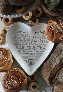 Kärlek & Fika - Hjärta - Silver text