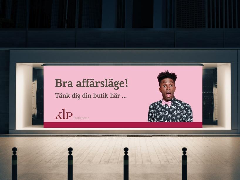 Bra affärsläge på ledig butikslokal i Stockholm hos KLP Fastigheter. Del av foliering.