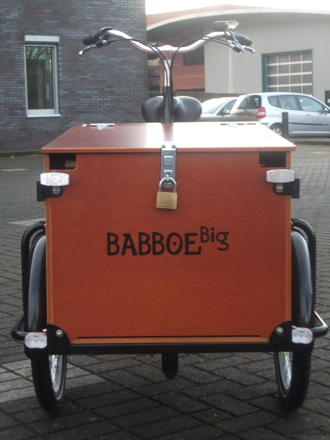 Babboe transporter e låda