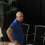 Fredrik Rudbäck i talarstolen
