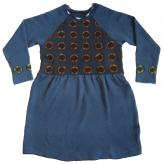 Blå tunika. Stickad i lammull, färgad med shibori-teknik. 2013.