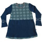 Turkosblå tunika. Stickad i lammull, färgad med shibori-teknik. 2013.