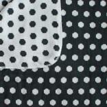 Bomullsfilt eller liten pläd med mörkgråa prickar. 90X130 cm.