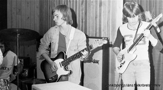 Rocksjöns båda gitarrister - Torgny Arwedson och Staffan Hagberg. Foto: Lucas Söderberg.