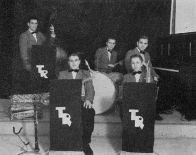 """Foto ur boken """"Svenska Musiker"""" (1944)."""
