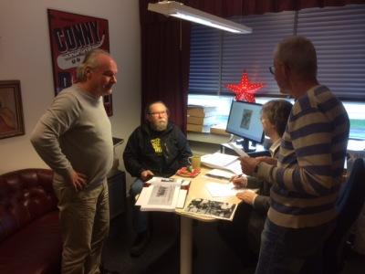 Janne Ekelund på besök på Folkrörelsearkivet, tillsammans med Olle Naumann och Thomas Starck. Vi pratade rockhistoria och Rigoletto. Foto: Anna Sundin.