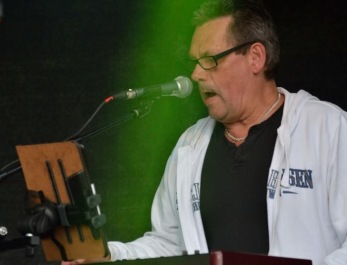 Kent Liljekvist vid Hammond-orgeln. Foto: Bruno Edberg.