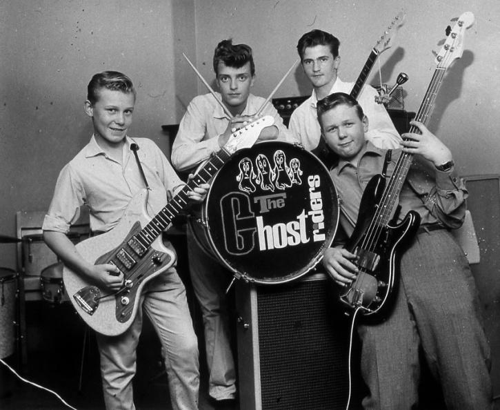 Ghostriders med nye basisten Hans Edberg längst till höger. Foto från Göran Sandstedt.