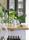 AM Inred med grönt köksbord