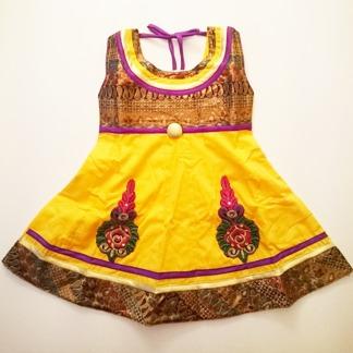 Barnklänning Diza flera färger - Diza Gul stl. 16