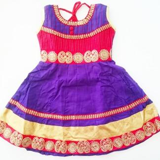 Barnklänning - Belle - Belle Lila stl. 24