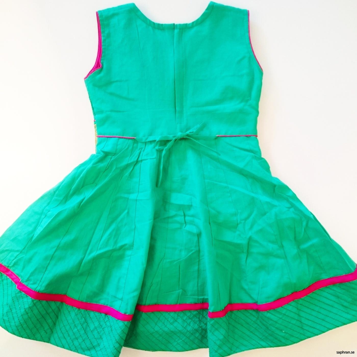 Barnklänning fest Ariel Grön bak