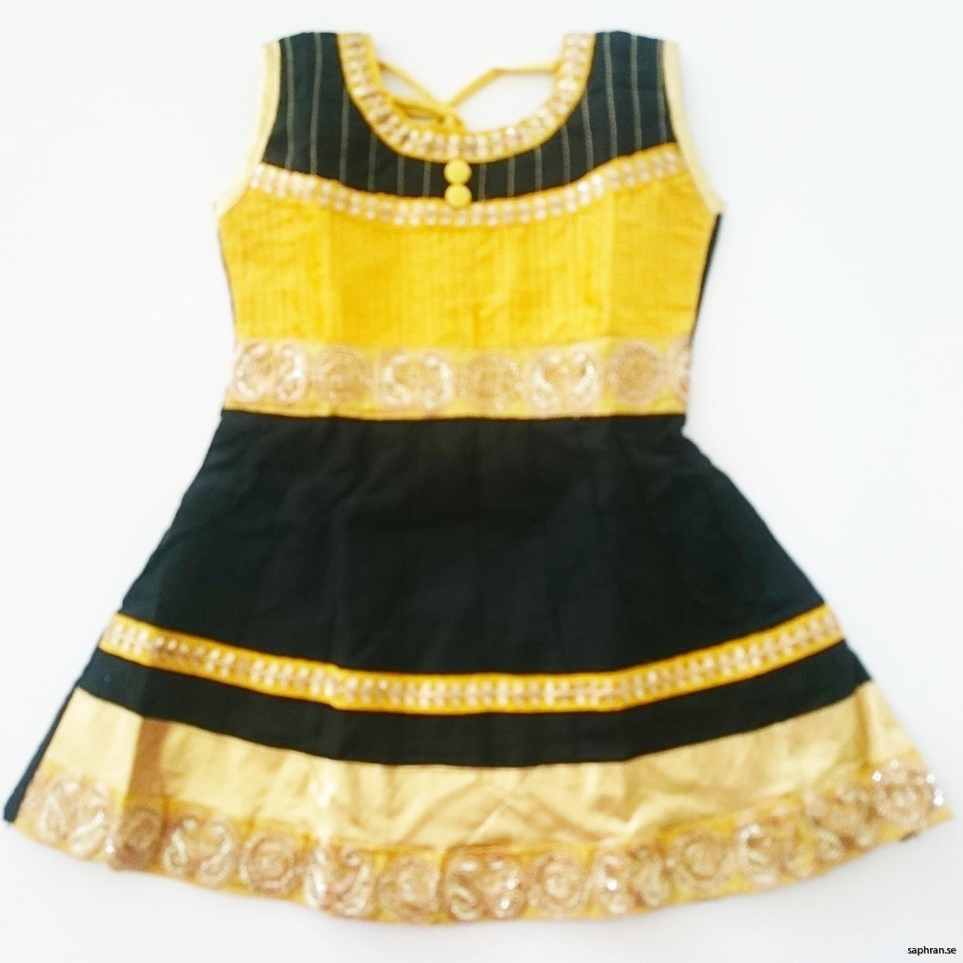Indisk barnklänning svart