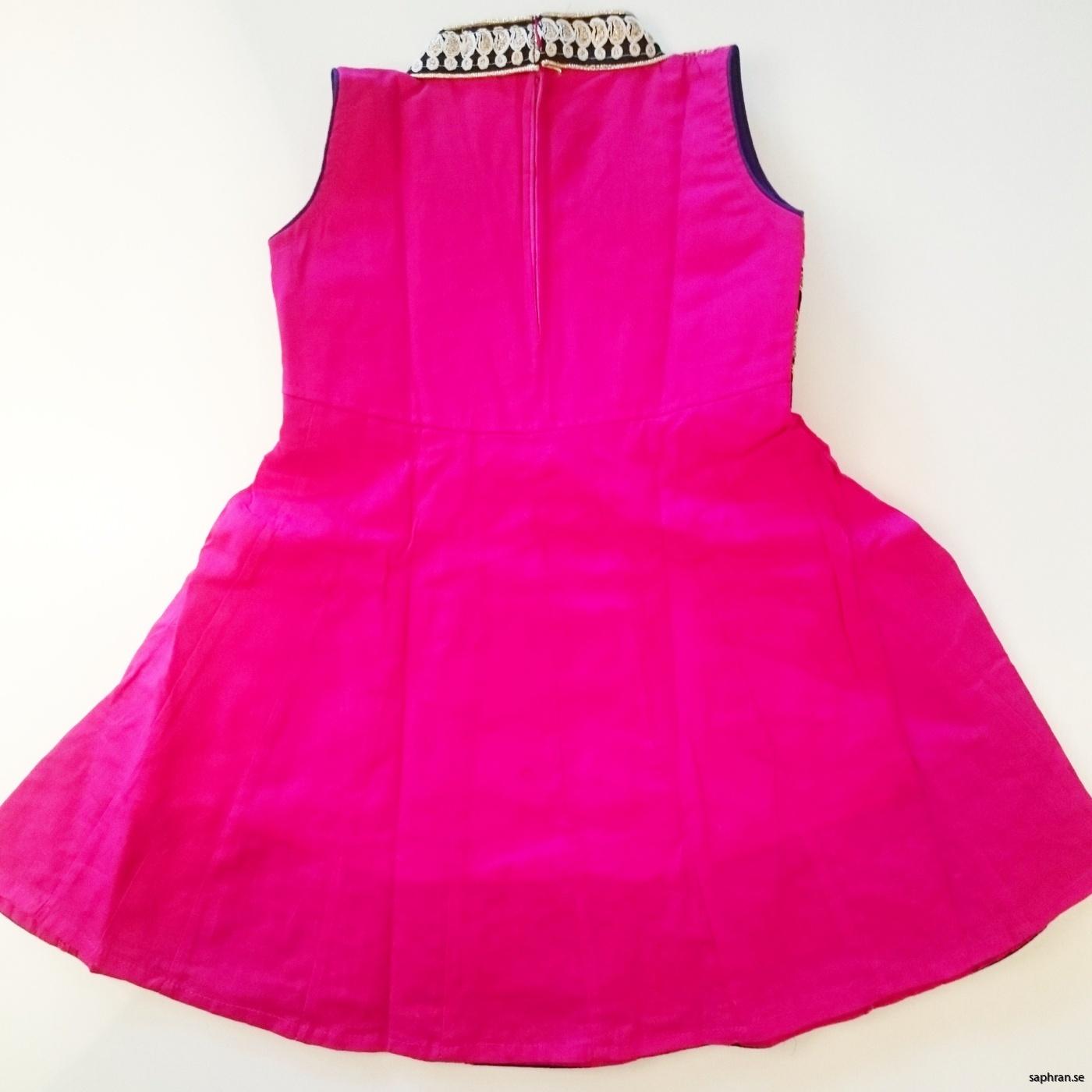 Barnklänning Aurora Cerise bak