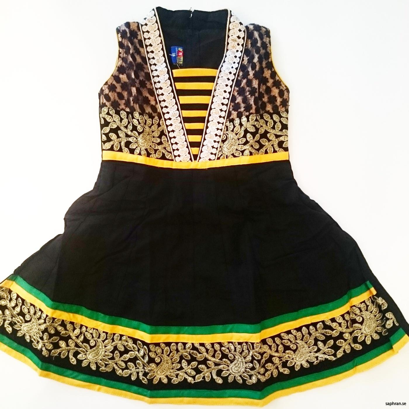 7e267a97ea7 Barnklänning nyår Aurora Svart Barnklänning jul ...