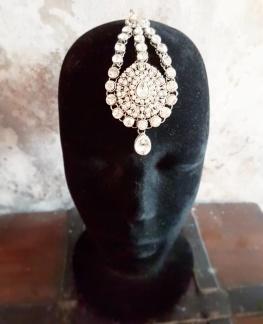 Tikka, indiskt hårsmycke - Tikka med vita stenar