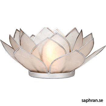 Lotusblomma ljuslykta 7 färger, vit med silverkant